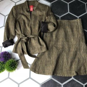 Oscar De La Renta tweed skirt suit set